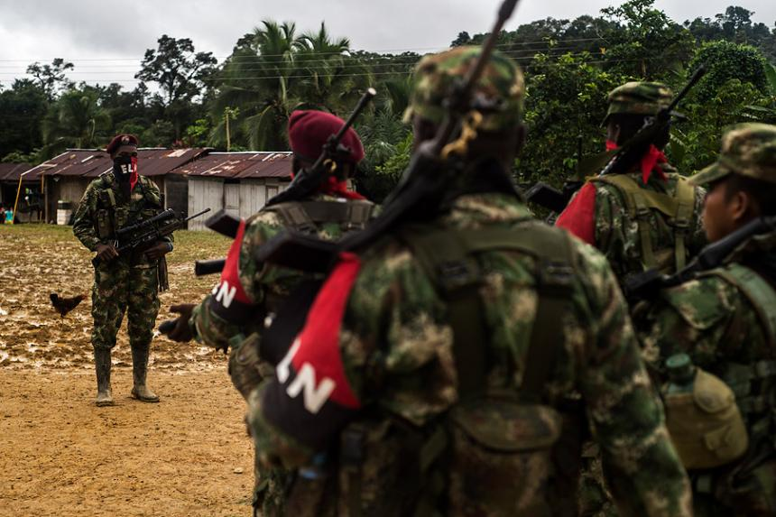 ELN cesará sus actividades militares durante segunda vuelta
