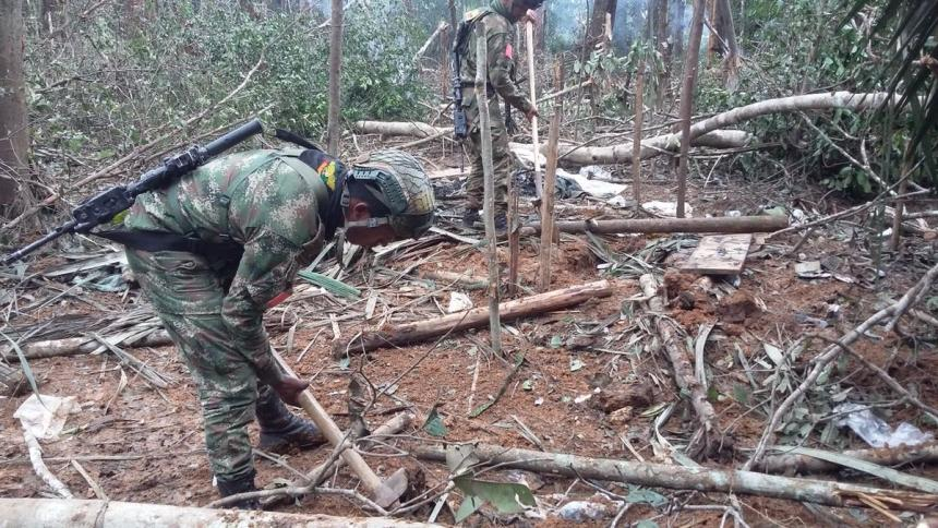 Bombardeo contra disidentes de FARC deja 16 muertos
