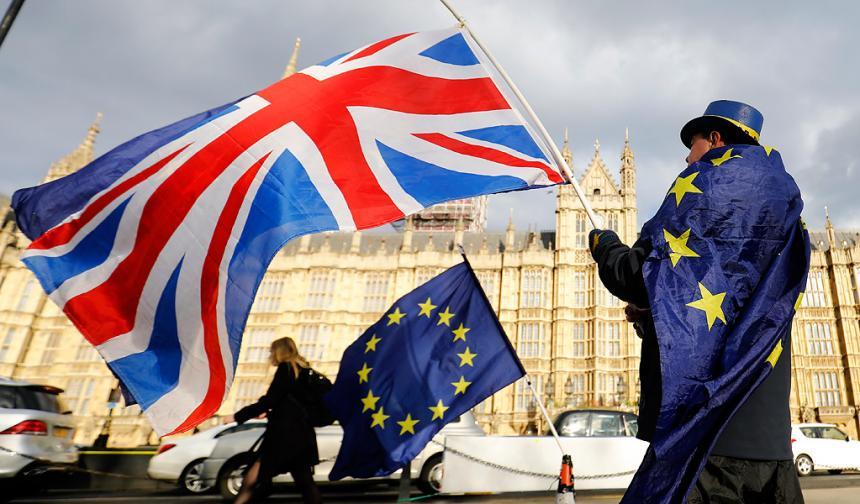 Promulgan la ley sobre la salida de Reino Unido de la UE