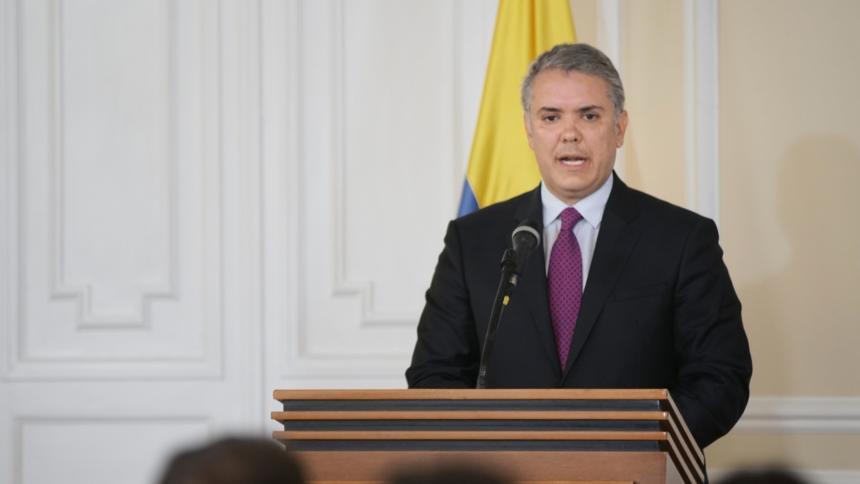 Iván Duque reversa extradición de venezolana firmada por expresidente Santos