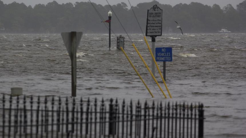 Ascienden a 7 los fallecidos por el huracán Florence