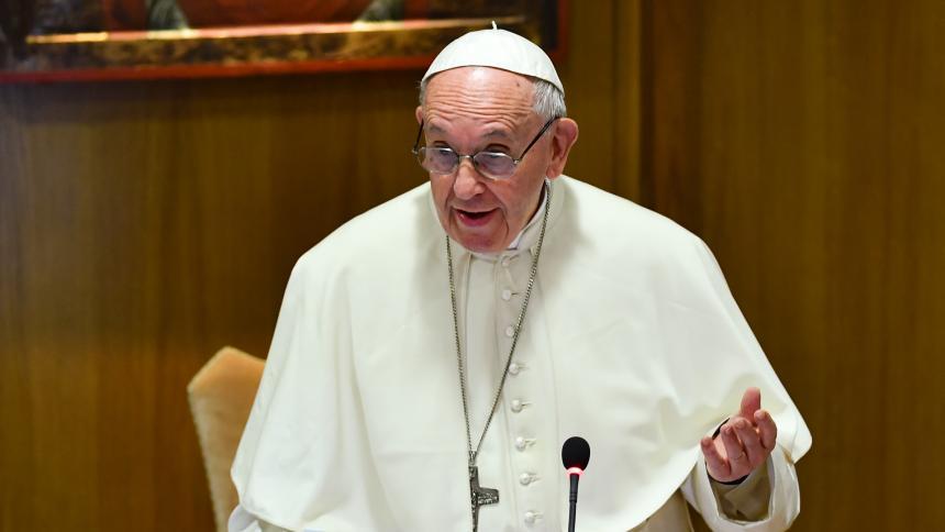 El papa ordena una investigación contra el cardenal McCarrick
