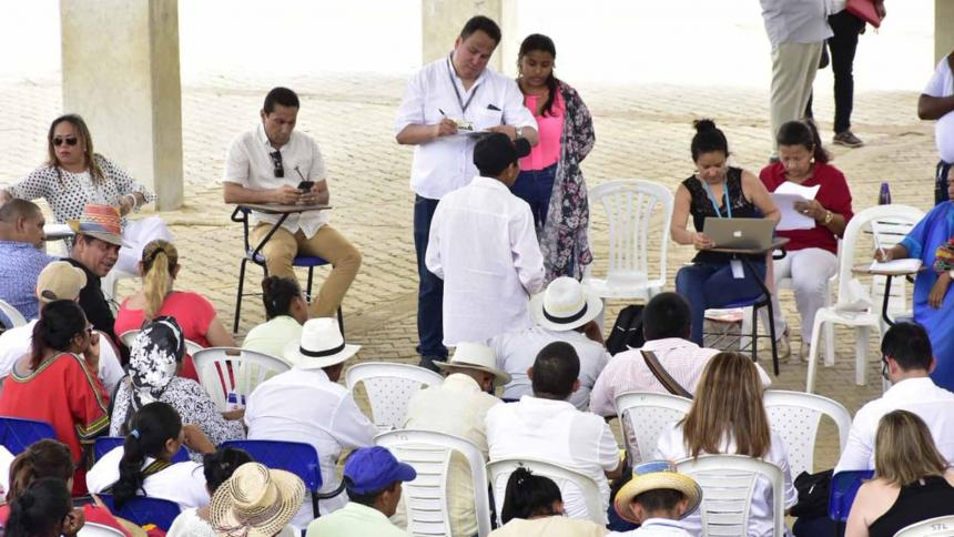 Duque lanza programa para aumentar la oferta de agua en La Guajira