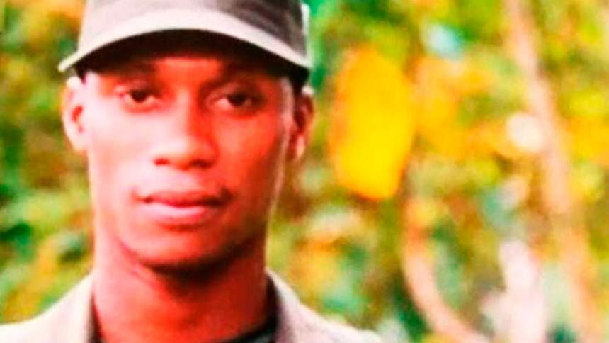 Allanan unidades militares por presunta venta ilícita de armas