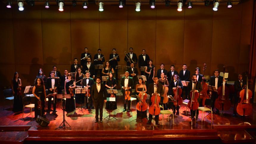 Resultado de imagen para La Orquesta Sinfónica Joven de Barranquilla se estrena con concierto navideño
