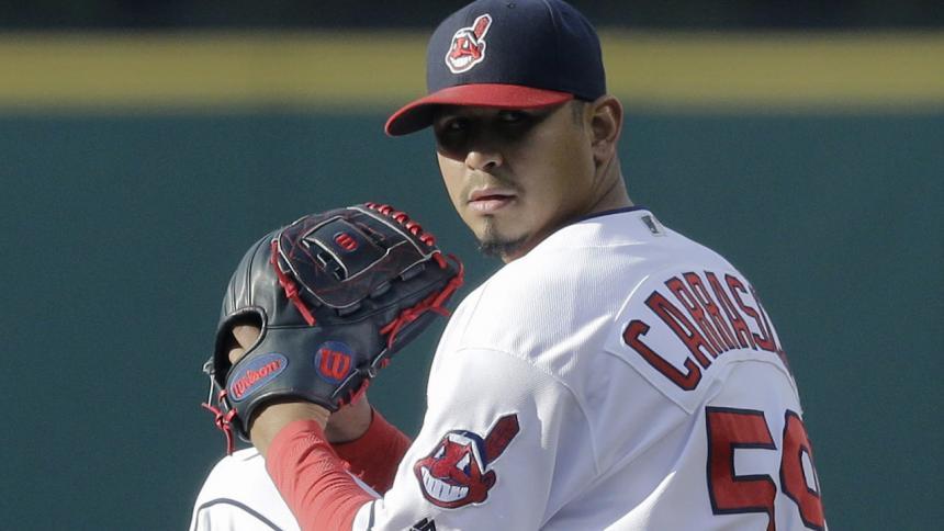 Carlos Carrasco pacta extensión de cuatro años con Cleveland