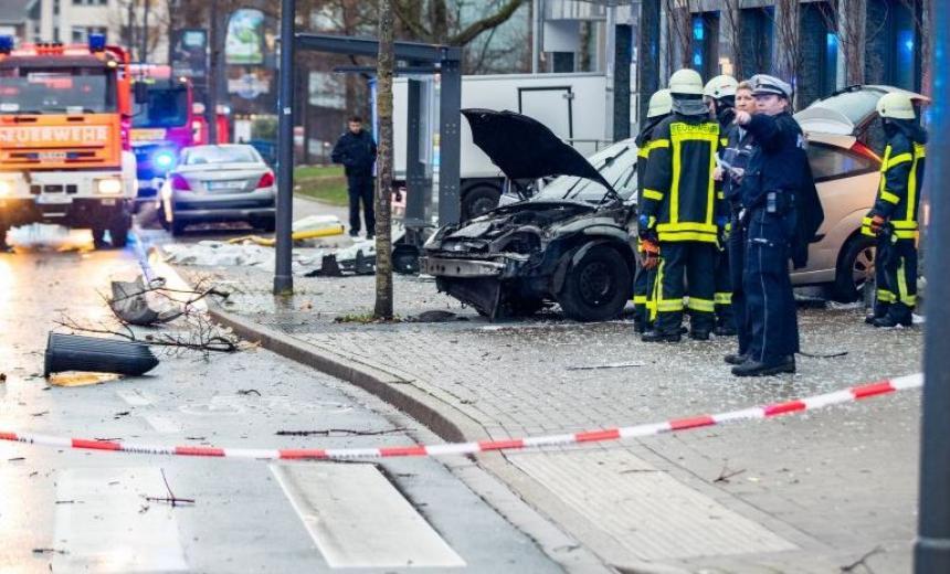 Varios heridos en Alemania al arremeter un coche contra peatones