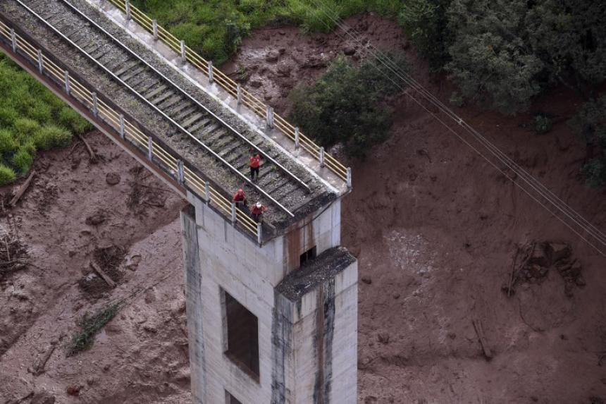 El antes y el después del rompimiento de diques en Brasil