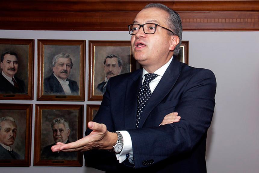 Abren investigación disciplinaria contra el general Nicacio Martínez