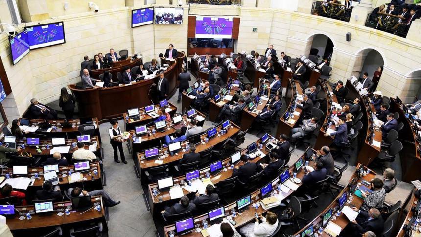Plenaria de Senado aprobó nueva prima salarial
