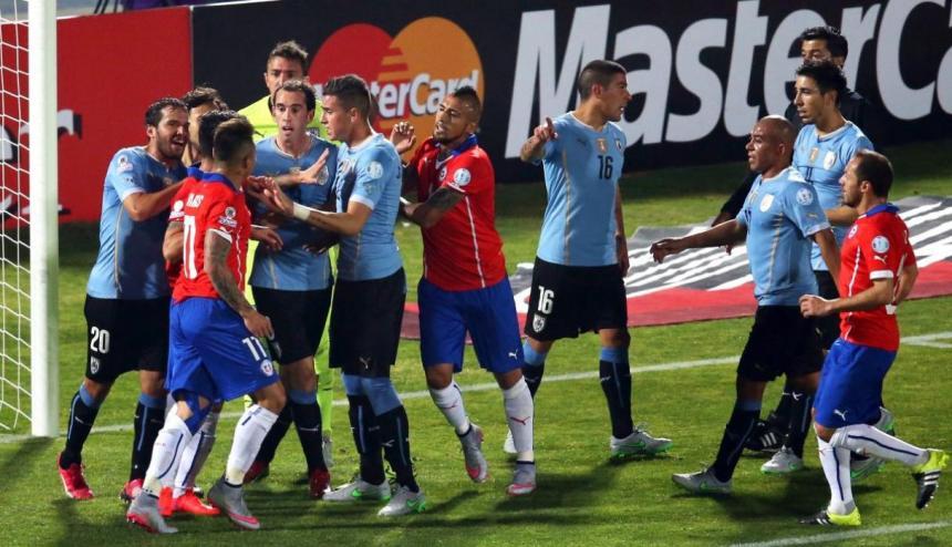 Farfán es desconvocado de la selección de Perú — BAJA SENSIBLE