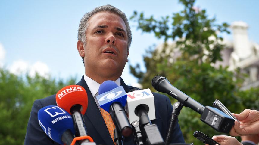 Márquez, 'Romaña' y 'El Paisa' están en Venezuela: presidente Duque