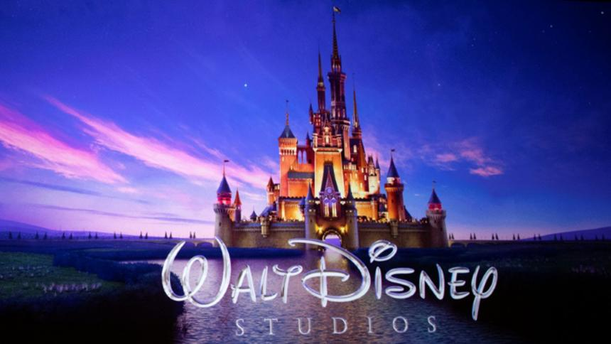 Tomada de Disney