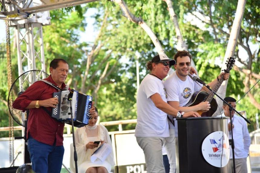 Miguel Barrios y Presidencia