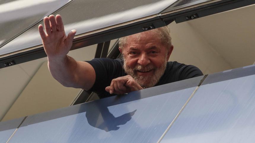 Expresidente Lula sale de prisión — Brasil