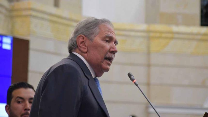 El Canciller Jorge Arreaza condena muerte de niños en Colombia