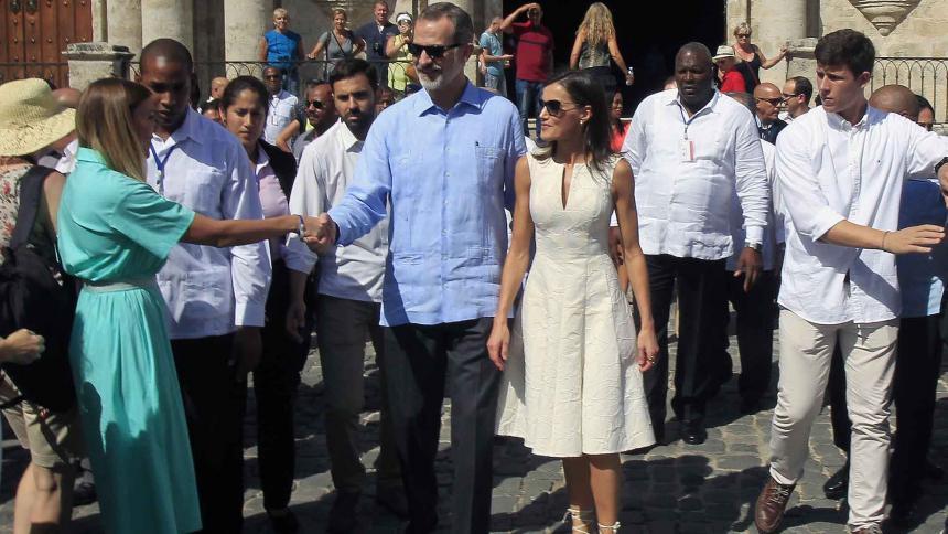 La Habana entrega al Rey el bastón de mando