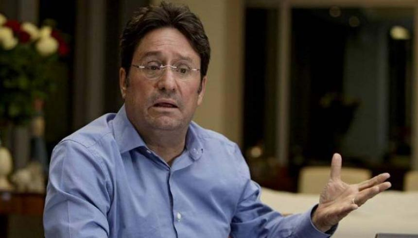 NOTICIAS: 'Pacho' Santos ya está en Colombia para reunirse con Duque