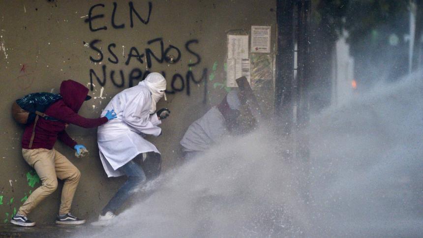 Reclama que Venezuela y Cuba alientan la queja en Iberoamérica
