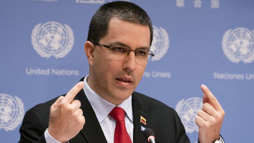Presidente Nicolás Maduro alerta sobre acción contra Venezuela desde Colombia