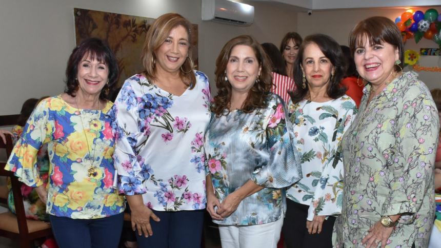 Cumpleaños de Karmiña Guerra y Roxana Horcet - El Heraldo (Colombia)