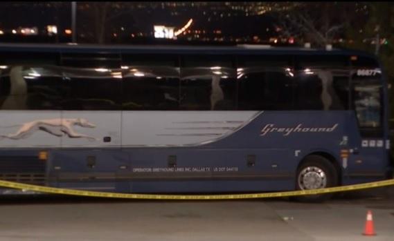 El bus en que se registró el tiroteo.