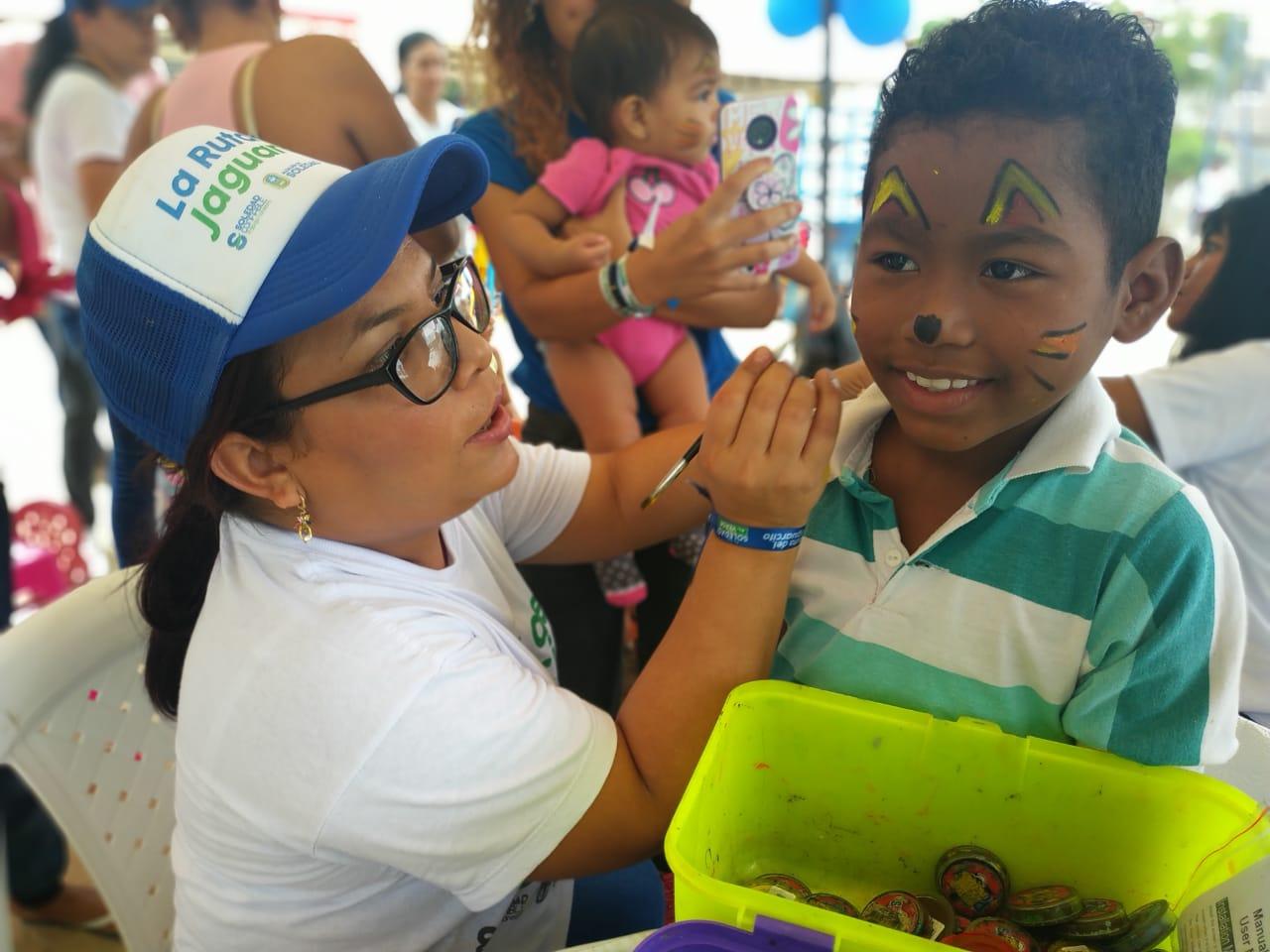 La jornada de vacunación estuvo acompaña de actividades recreativas para los menores.