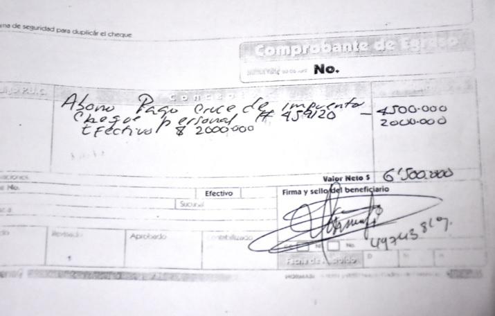 Estas facturas eran entregadas por los particulares a los contribuyentes del predial en Valledupar.
