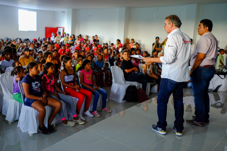 El contacto con la comunidad fue clave –según Verano– para el éxito de su administración. |