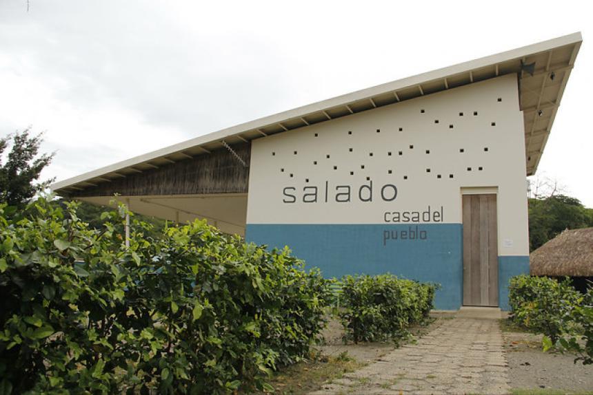 Casa del pueblo en El Salado.