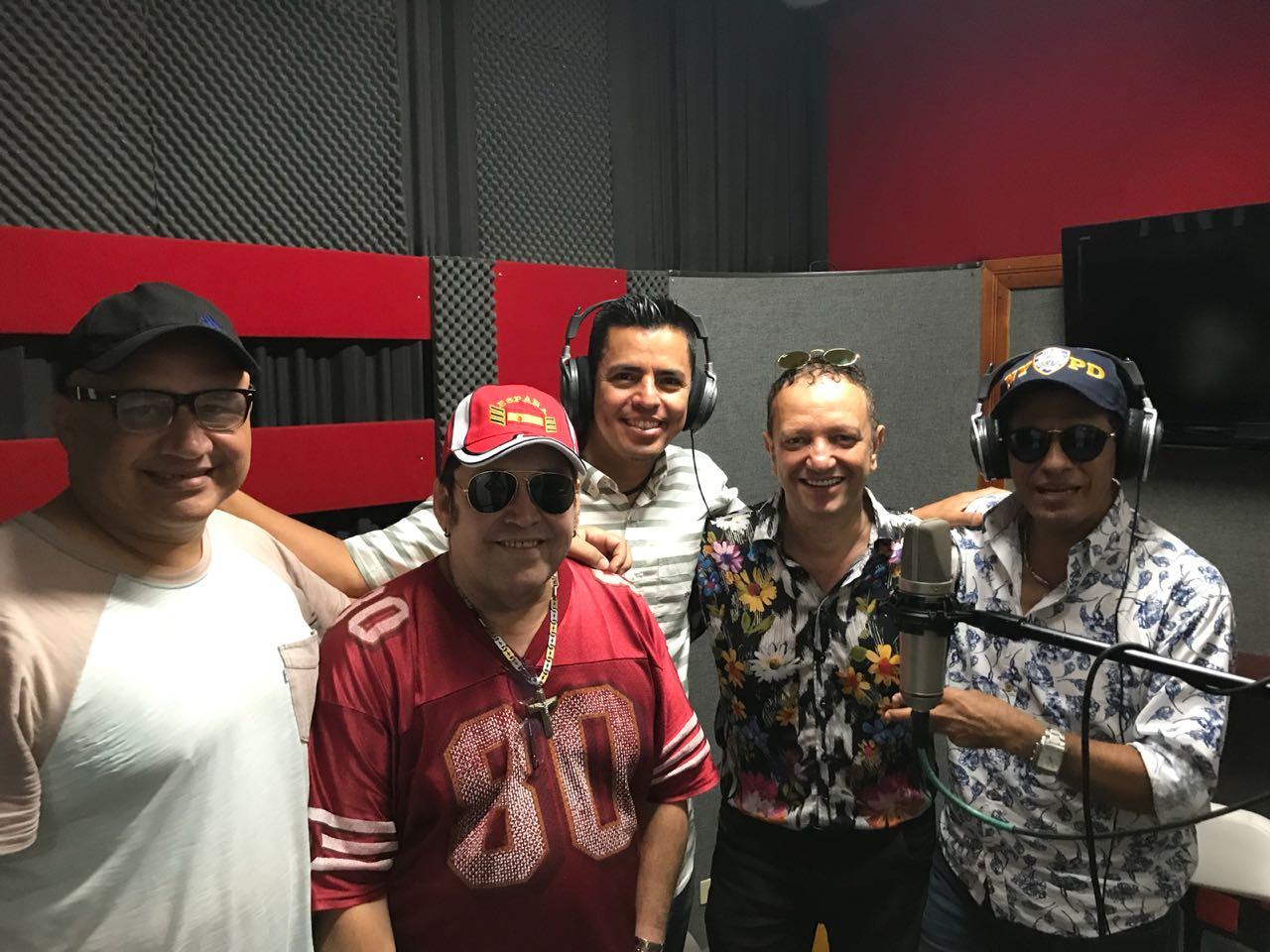 Aspecto de la grabación del 'Tributo al Joe', liderada por Chelito De Castro.