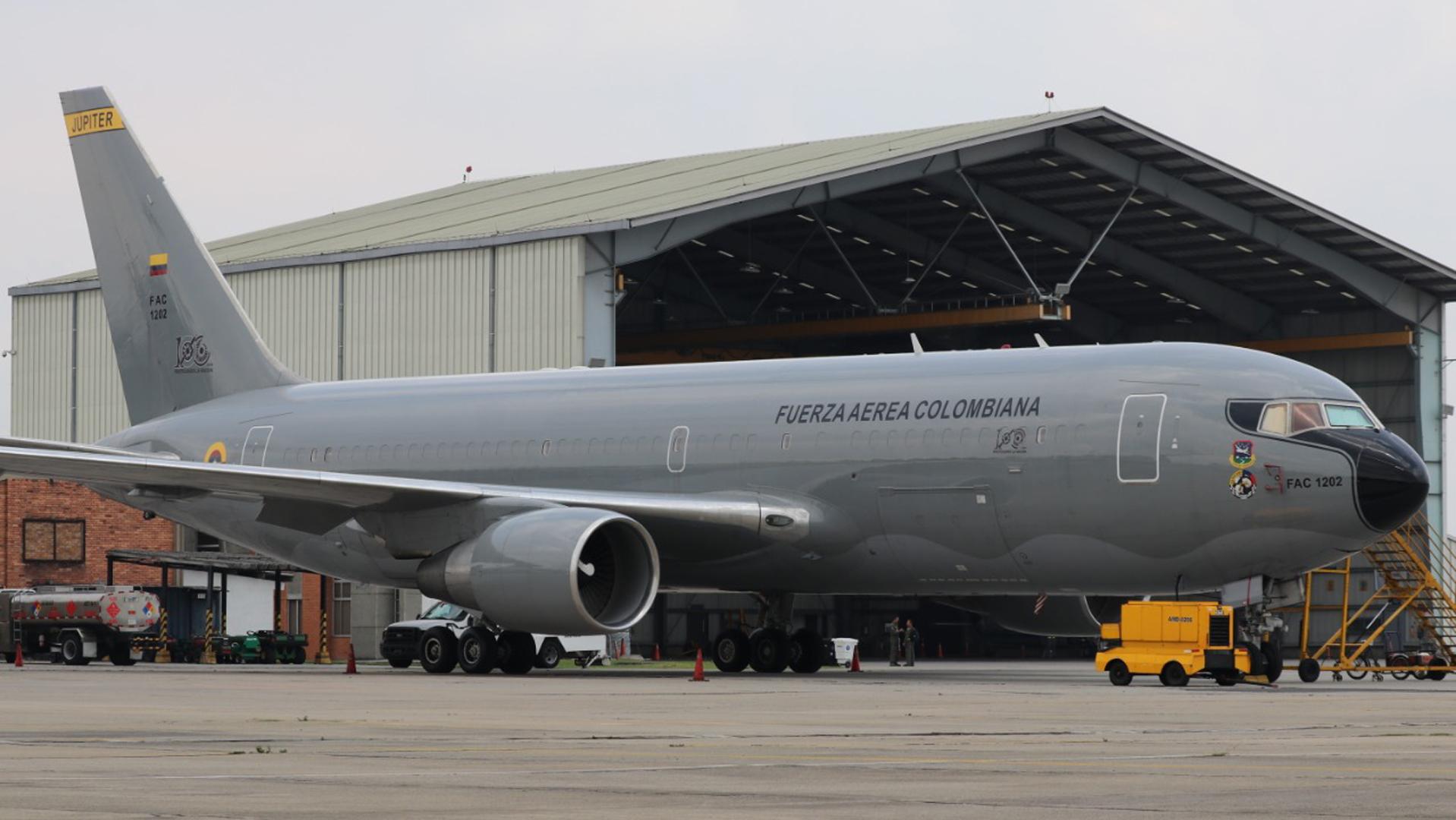 El avión FAC-1202 Boeing 767 Júpiter que emprendió el vuelo.